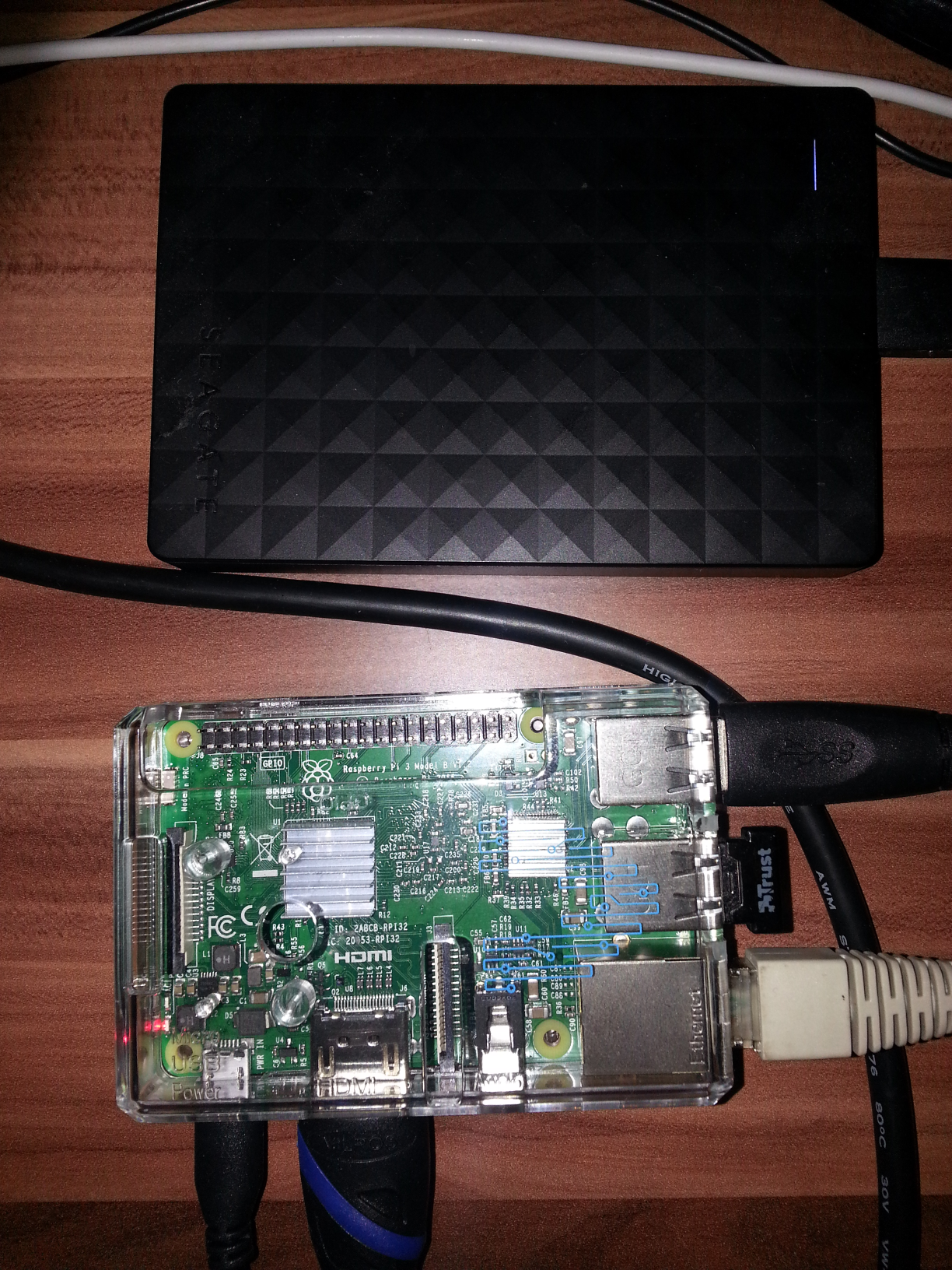 raspberry pi how to run script as background process